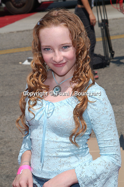 Scarlett Palmer arrives at the Teen Choice Awards 2002 held at the Universal Amphitheatre in Los Angeles, Ca., August 4, 2002.            -            PalmerScarlett_01.jpg