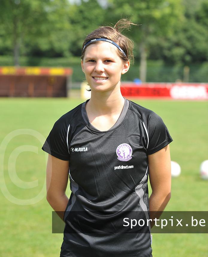Beerschot AC Dames persvoorstelling : Axelle Garmyn.foto DAVID CATRY / Vrouwenteam.be