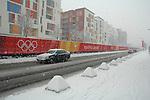 Torino sotto la neve nel periodo dei Giochi Olimpici 2006. Il villaggio olimpico..Snowing in Turin during the Winter Olympic Games 2006.