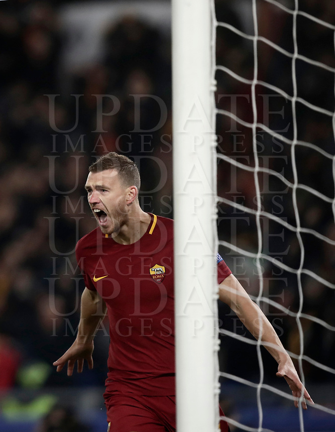 Football Soccer: UEFA Champions League  Round of 16 Second Leg, AS Roma vs FC Shakhtar Donetsk, Stadio Olimpico Rome, Italy, March 13, 2018. <br /> Roma's Edin Dzeko celebrates after scoring during the Uefa Champions League football soccer match between AS Roma and FC Shakhtar Donetsk at Rome's Olympic stadium, March 13, 2018.<br /> UPDATE IMAGES PRESS/Isabella Bonotto