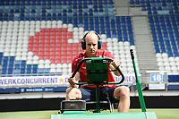 VOETBAL: HEERENVEEN: 28-07- 2017, Abe Lenstra Stadion, SC Heerenveen, groundsman Henk Schreuder, ©foto Martin de Jong