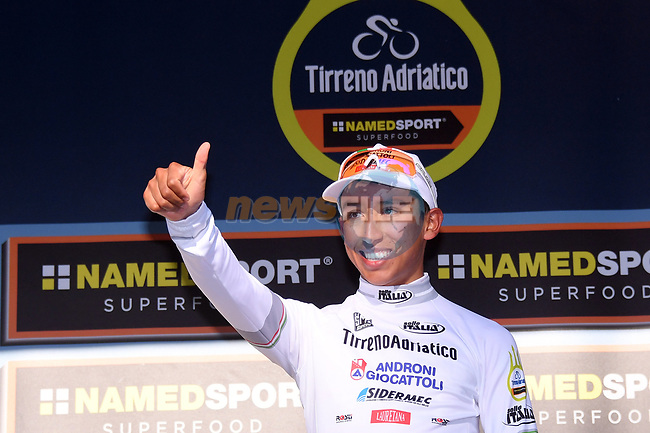 Egan Bernal (ITA) Androni Giocattoli takes over the Maglia Bianca young riders jersey at the end of Stage 5 of the 2017 Tirreno Adriatico running 210km from Rieti to Fermo, Italy. 12th March 2017.<br /> Picture: La Presse/Gian Mattia D'Alberto | Cyclefile<br /> <br /> <br /> All photos usage must carry mandatory copyright credit (&copy; Cyclefile | La Presse)