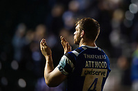 Dave Attwood of Bath Rugby acknowledges the crowd after the match. Gallagher Premiership match, between Bath Rugby and Exeter Chiefs on October 5, 2018 at the Recreation Ground in Bath, England. Photo by: Patrick Khachfe / Onside Images