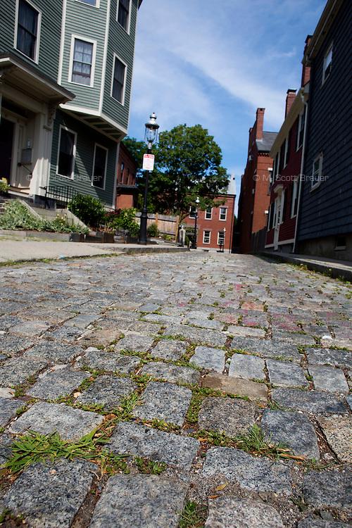 Mt. Vernon Avenue is a cobblestown street near Bunker Hill in Charlestown, Boston, Massachusetts, USA.