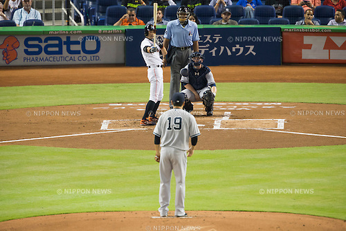 (F-B) Masahiro Tanaka (Yankees), Ichiro Suzuki (Marlins), JUNE 15, 2015 - MLB : Masahiro Tanaka of the New York Yankees and Ichiro Suzuki of the Miami Marlins during the Major League Baseball game at Marlins Park in Miami, Florida, United States. (Photo by Thomas Anderson/AFLO) (JAPANESE NEWSPAPER OUT)