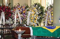 RIO DE JANEIRO, 07 DE DEZEMBRO 2012 - MORTE OSCAR NIEMEYER - Coroas no velorio do arquiteto Oscar Niemeyer no Palacio da Cidade (sede da Prefeitura do Rio de Janeiro) no bairro de Botafogo regiao sul da capital fluminensena manha desta quinta-feira, 07 dezembro. O arquiteto morreu na quarta-feira, 05 dezembro à noite vítima de infecção respiratória, aos 104 anos. FOTO: VANESSA CARVALHO - BRAZIL PHOTO PRESS.