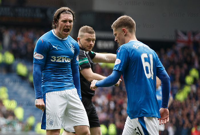 Josh Windass raging at Myles Beerman for penalty incident
