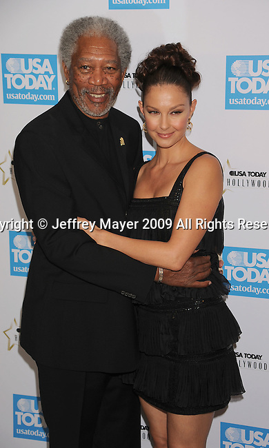 BEVERLY HILLS, CA. - November 10: Morgan Freeman and Ashley Judd arrive at the USA Today Hollywood Hero Awards at Montage Beverly Hills on November 10, 2009 in Beverly Hills, California.