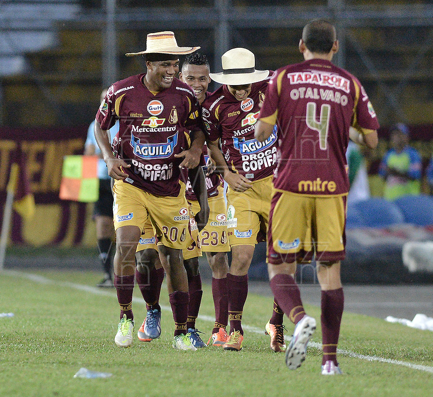 IBAGUÉ -COLOMBIA, 23-06-2013. Jugadores de Deportes Tolima celebran un gol en contra de Atlético Nacional durante partido de los cuadrangulares finales, fecha 3, de la Liga Postobón 2013-1 jugado en el estadio Manuel Murillo Toro de la ciudad de Ibagué./ Deportes Tolima players celebrate a goal against Atletico Nacional during match of the final quadrangular 3th date of Postobon  League 2013-1 at Manuel Murillo Toro stadium in Ibague city. Photo: VizzorImage/STR