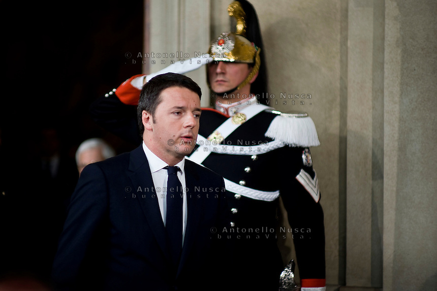 Roma, 17 Febbraio, 2014. Matteo Renzi arriva alla conferenza stampa per parlare ai giornalisti subito dopo aver ricevuto l'incarico di formare il nuovo governo dal Presidente Giorgio Napolitano. The secretary of Democratic Party, Matteo Renzi arrives at the press conference at Quirinale Palace in Rome after being nominated Italy's youngest-ever prime minister by the President Giorgio Napolitano.