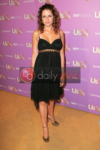 Jenna Fischer<br /> At US Weekly's Young Hollywood Hot 20 party, LAX, Hollywood, CA 09-16-05<br /> David Edwards/DailyCeleb.Com 818-249-4998
