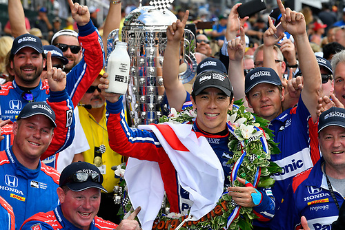 Verizon IndyCar Series<br /> Indianapolis 500 Race<br /> Indianapolis Motor Speedway, Indianapolis, IN USA<br /> Sunday 28 May 2017<br /> Takuma Sato, Andretti Autosport Honda celebrates the win in Victory Lane with milk<br /> World Copyright: Scott R LePage<br /> LAT Images<br /> ref: Digital Image lepage-170528-indy-10659