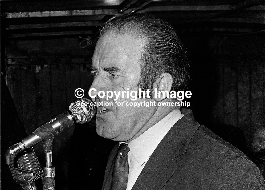 Neil Blaney, TD and former Fianna Fail government minister, addresses a meeting in Letterkenny, the epicentre of his Donegal North East constituency. 19711120468...© Larry Doherty,  12 Belmont Crescent, Londonderry, BT48 7RR.Home: +44 (28) 7135 4608, Mobile: +44 (7775) 573215