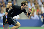 Andy Murray (GBR) takes the first set against Nick Kyrgios (AUS) 7-5