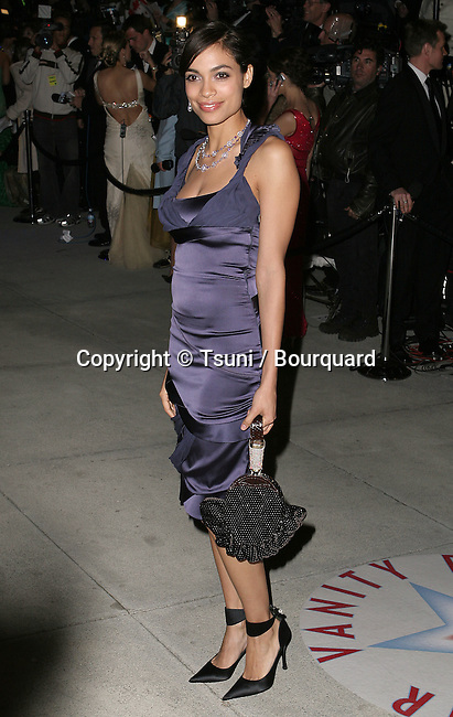 Rosario Dawson arriving at the Vanity Fair Party at Morton in Los Angeles. February 27, 2005.