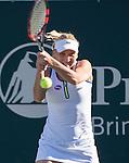 Elena Vesnina (RUS) defeated Laura Siegemund (GER) 7-5, 6-4