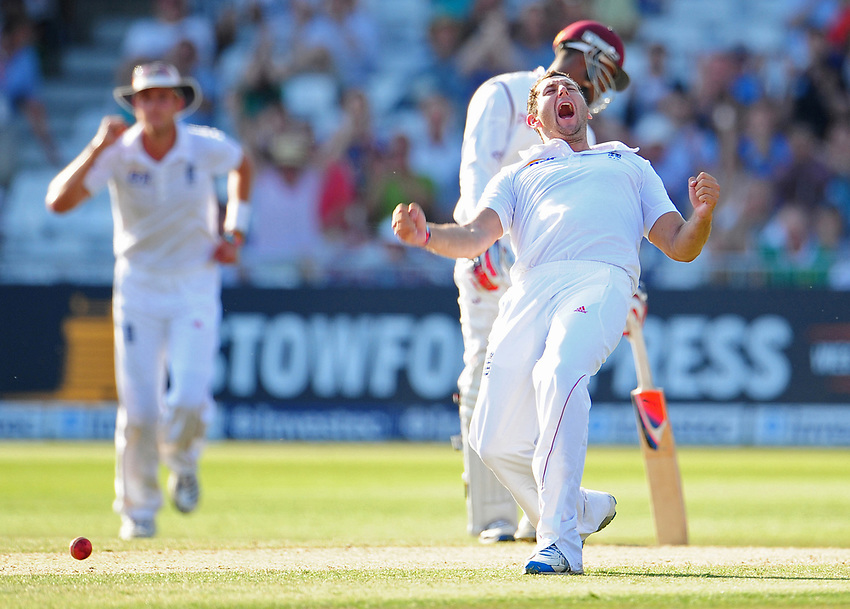 England's Tim Bresnan celebrates taking the wicket off West Indies's wicketkeeper Denesh Ramdin lbw for 6<br /> <br /> International Cricket - 2nd Investec Test Match - England v West Indies - Day 3 - Sunday 27th May 2012 - Trent Bridge - Nottingham<br /> <br /> © CameraSport - 43 Linden Ave. Countesthorpe. Leicester. England. LE8 5PG - Tel: +44 (0) 116 277 4147 - admin@camerasport.com - www.camerasport.com