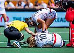 Den Bosch  - Louise Versavel (Belgie) raakt geblesseerd    tijdens  de Pro League hockeywedstrijd dames, Nederland-Belgie (2-0).    COPYRIGHT KOEN SUYK