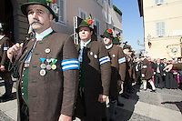 Mountain troopers from Tegernsee at the honorary evening for Pope Benedict XVI. for his 85th Birthday in the courtyard of the papal summer residence at Castel Gandolfo in Italy, with costumes clubs from all over Bavaria. Castel Gandolfo, Italy, 03.08.2012...Credit: Nickels/face to face / Mediapunchinc  - ***online only for weekly magazines**** /NortePhoto.com<br />