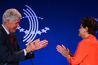 """RIO DE JANEIRO, RJ, 09.11.2013 -BILL CLINTON / CLINTON GLOBAL INTIATIVE (CGI) / RJ - A presidenta Dilma Rousseff e Bill Clintn, ex-presidente dos Estados Unidos, na abertura do clinton Global Intiative, na manhã desta segunda-feira (09), o tema do painel de abertura é """"Desenhando oportunidades para o crescimento"""". Nessa sessão, líderes de diferentes setores vão falar sobre parcerias que estimulem a cultura de inovação, promovam o desenvolvimento econômico e levem à maior competitividade global da região, em Copacabana, zona sul da cidade do Rio de Janeiro. (Foto: Marcelo Fonseca / Brazil Photo Press)."""