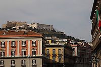 Napoli: A view of the Vomero hill, where is located the ancient Castel Sant&rsquo;Elmo, with the white buildings of the Certosa and of the Saint Martino museum in front,<br />