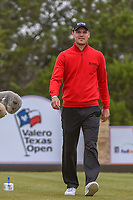 Martin Kaymer (GER) heads down 15 during Round 2 of the Valero Texas Open, AT&amp;T Oaks Course, TPC San Antonio, San Antonio, Texas, USA. 4/20/2018.<br /> Picture: Golffile | Ken Murray<br /> <br /> <br /> All photo usage must carry mandatory copyright credit (&copy; Golffile | Ken Murray)