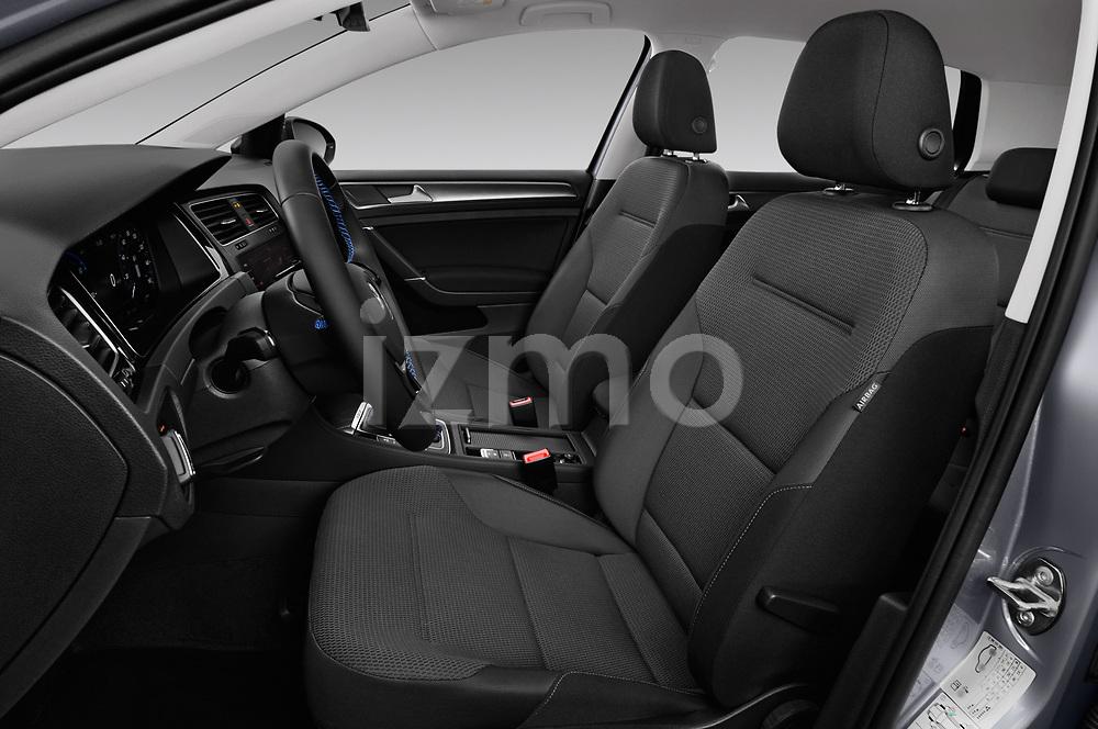 Front seat view of 2017 Volkswagen Golf e 5 Door Hatchback Front Seat  car photos