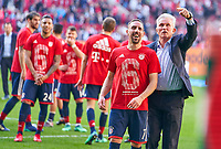 Trainer Cheftrainer Jupp HEYNCKES (FCB) Franck RIBERY, FCB 7 celebration <br /> FC AUGSBURG -  FC BAYERN MUENCHEN 1-4<br /> Football 1. Bundesliga , Augsburg,07.04.2018, 29. match day,  2017/2018, 1.Liga, 1.Bundesliga, <br />  *** Local Caption *** © pixathlon
