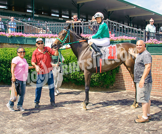 Secret Temple winning at Delaware Park on 6/20/16
