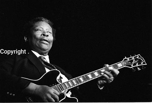 B.B. KING . GUITARISTE ET CHANTEUR AMERICAIN . BLUES . SWING IN DEAUVILLE . 22 JUILLET 1989 .