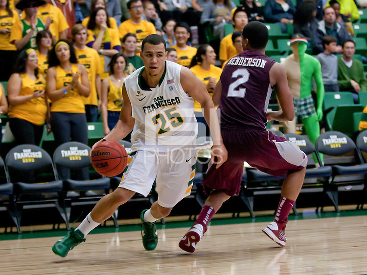 November 30th, 2012: University of San Francisco basketball vs Montana Grizzlies at War Memorial Gym in San Francisco, Ca  USF defeated Grizzlies 78 - 68