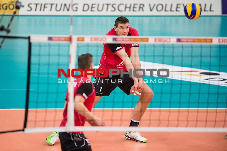 03.01.2014, MHP Arena, Ludwigsburg<br /> Volleyball, Qualifikation WM 2014, Deutschland vs. Kroatien<br /> <br /> Annahme Christian Fromm (#1 GER)<br /> <br />   Foto &copy; nordphoto / Kurth