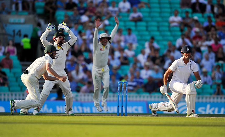 England's Alastair Cook caught by Australia's Adam Voges off the bowling of Steven Smith for 85<br /> <br /> Photographer Ashley Western/CameraSport<br /> <br /> International Cricket - Investec Ashes Test Series 2015 - Fifth Test - England v Australia - Day 3 - Saturday 22nd August 2015 - Kennington Oval - London<br /> <br /> &copy; CameraSport - 43 Linden Ave. Countesthorpe. Leicester. England. LE8 5PG - Tel: +44 (0) 116 277 4147 - admin@camerasport.com - www.camerasport.com