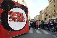 Roma, 19 Ottobre 2013<br /> Corteo contro l'austerità e la precarietà<br /> Centri sociali, social strike.