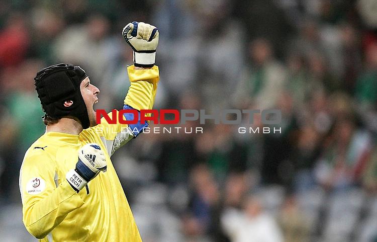 Qualifikation EM 2007 Gruppe: D - Deutschland (GER) vs. Tschechien (CZ). <br /> <br /> Freude bei Torh&uuml;ter Petr Cech (Tschechien #1)<br /> .<br /> <br /> Foto &copy; nph (  nordphoto  )<br /> <br /> <br /> <br />  *** Local Caption ***