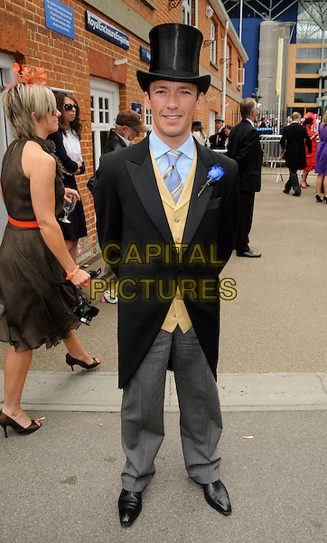 FRANKIE DETTORI.Ladies Day of Royal Ascot, Ascot Racecourse, Ascot, England. .June 18th, 2009 .full length black grey gray trousers jacket top hat .CAP/CAN.©Can Nguyen/Capital Pictures.