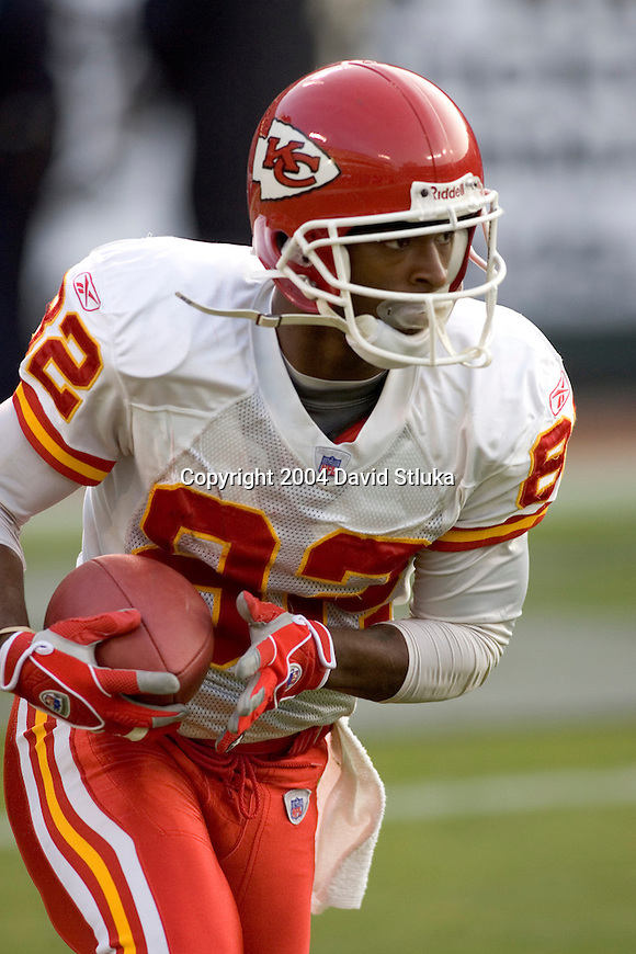 Kansas City Chiefs wide receiver Dante Hall (82) during an NFL football game against the Oakland Raiders at Network Associates Coliseum on December 5, 2004 in Oakland, California. The Chiefs defeated the Raiders 34-27. (Photo by David Stluka)