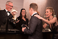 Sam Rockwell, Oscar&reg; winner, and Leslie Bibb stop at the engraving station at Governors Ball following the live ABC Telecast of The 90th Oscars&reg; at the Dolby&reg; Theatre in Hollywood, CA on Sunday, March 4, 2018.<br /> *Editorial Use Only*<br /> CAP/PLF/AMPAS<br /> Supplied by Capital Pictures