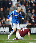 Steven Naismith has words with Ian Black after his late challenge