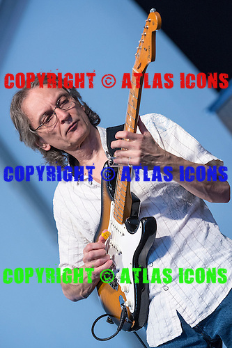 SONNY LANDRETH, 2012, CHRIS SCHWEGLER