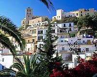Spanien, Balearen, Ibiza (Eivissa), Ibiza-Stadt: Altstadtbezirk Dalt Vila, Kathedrale | Spain, Balearic Islands, Ibiza (Eivissa), Ibiza-City: Old Town District Dalt Vila, cathedral
