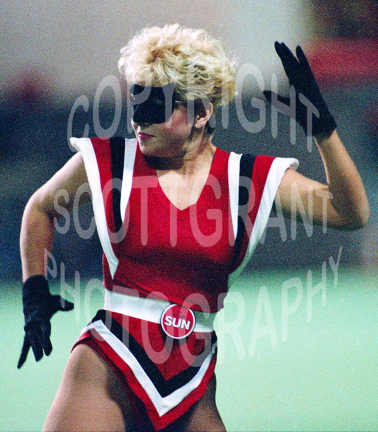 Ottawa Rough Riders Cheerleader. Photo John Bradley
