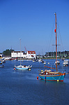 AT5CH4 Sailing boats on the River Deben Woodbridge Suffolk England