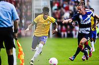 MIDDLESBROUGH, INGLATERRA, 20 JULHO 2012 - AMISTOSO INTERNACIONAL - BRASIL X GRA-BRETANHA - O jogador Neymar , da Seleção Brasileira, durante amistoso contra a Grã-Bretanha, no estádio Riverside, em Middlesbrough, na Inglaterra, no último jogo antes do início da Olimpíada. (FOTO: GUILHERME ALMEIDA / BRAZIL PHOTO PRESS).