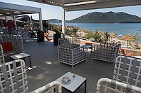 Europe/France/2A/Corse du Sud/Porto-Vecchio: Hôtel-Restaurant: La Plage Casadelmar, presqu'île du Bendettu, Lecci, la terrasse