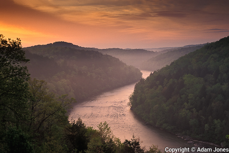 Cumberland River at sunrise, Cumberland Falls State Resort Park, Kentucky