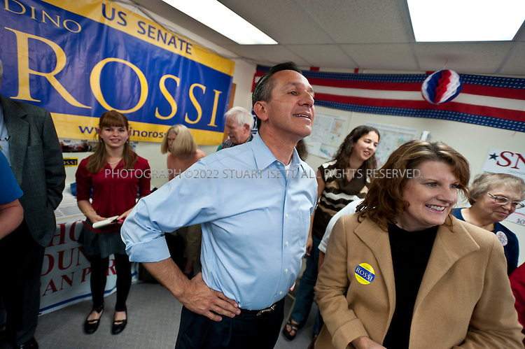10/12/2010--Everett, WA, USA..US Senate Republican candidate from Washington State, Dino Rossi, attended supporters rally in Everett, WASH. Rossi faces off against Washington's 3 term Democrat senator Patty Murray in November elections. On his right is his wife Terry Rossi...©2010 Stuart Isett. All rights reserved.