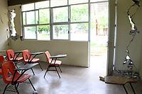 Ixtaltepec, Oaxaca. 10/09/2017.- Ante la falta de condiciones en la regi&oacute;n, y las continuas replicas del pasado sismo de 8.2 grados, 314 escuelas continuaran sin clases en los 41 municipios afectados de esta zona.<br /> <br /> (Aspecto de escuela tecnica 19 ubicada en Ixtaltepec, Oaxaca, donde se dio la perdida total de la infraestructura de la instituci&oacute;n)