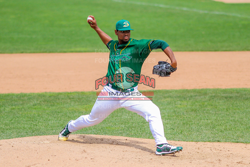 Beloit Snappers pitcher Yordys Alejo (40) delivers a pitch during a Midwest League game against the Quad Cities River Bandits on June 18, 2017 at Pohlman Field in Beloit, Wisconsin.  Quad Cities defeated Beloit 5-3. (Brad Krause/Four Seam Images)