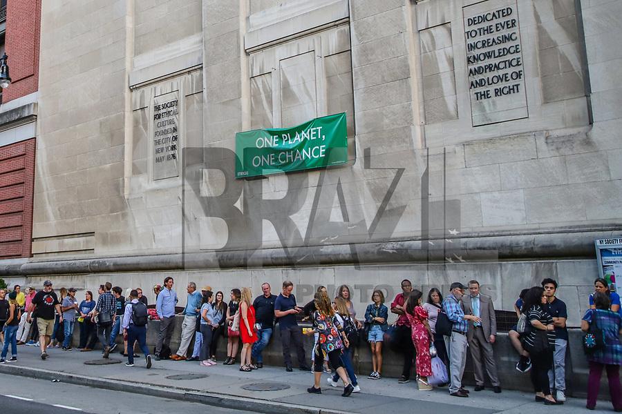 NOVA YORK, EUA, 09.09.2019 - GRETA-THUNBERG - A ativista Greta Thunberg de 16 anos durante bate-papo sobre clima com Naomi Klein na Ilha de Manhattan em Nova York nesta segunda-feira, 10. (Foto: Vanessa Carvalho/Brazil Photo Press)